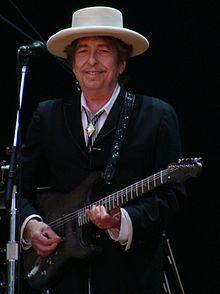 220px-Bob_Dylan_-_Azkena_Rock_Festival_2010_1