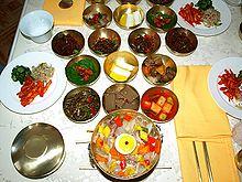 220px-North_Korea-Kaesong-Tongil_restaurant-02
