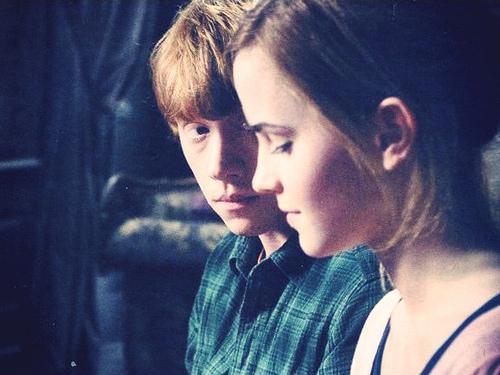 Ron+Weasley++Hermione+Granger+5063732368_fab3c4c84f