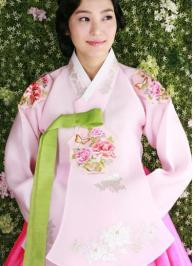traditional-Korean-clothing-Hanbok