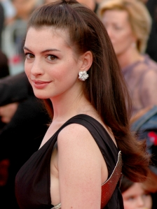 Anne_Hathaway_at_the_2007_Deauville_American_Film_Festival-01A