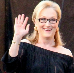 Meryl_Streep_At_The_2014_SAG_Awards_(12024455556)_(cropped).jpg