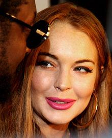 220px-Lindsay_Lohan_(Headshot)